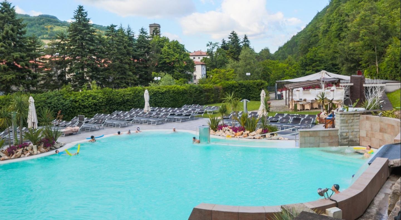 Piscina termale r seo euroterme resort 4 - Hotel lucciola bagno di romagna ...